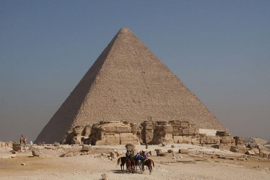Pyramide de Kheops à Memphis