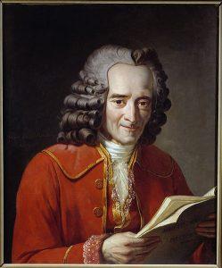 Voltaire lisant par By Jacques A. C. Pajou