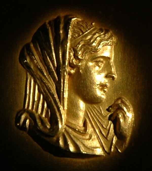monnaie figurant Olympias