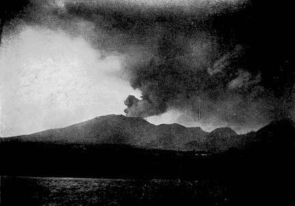 photo de l'eruption en 1902