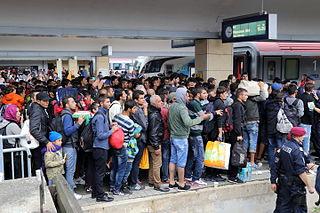 photo de réfugiés à la gare de Vienne