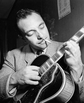 Django Reinhardt at the Aquarium jazz club in New York, NY / photogr. W. P. Gottlieb, 1946