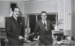 Jobic Le Bihan dans le bureau de Jean Bruneau chez Decré vers 1956