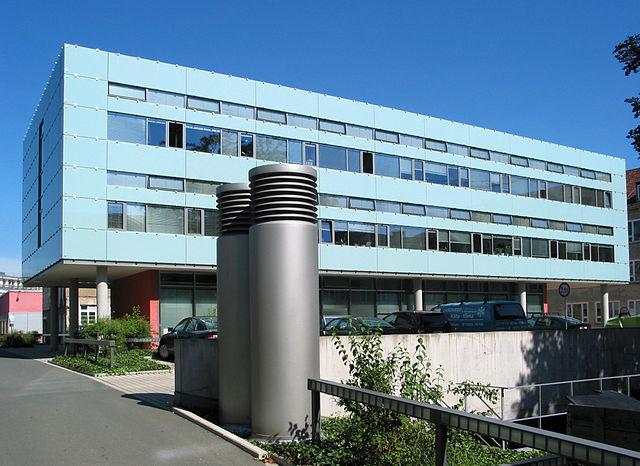 Photographie de la facade de la Bauhaus-Universität Weimar