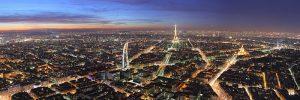 Paris au crépuscule vu du haut de la tour Montparnasse