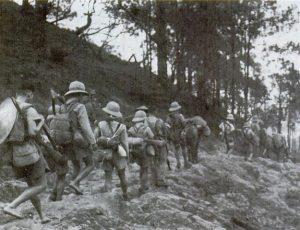 Photographie de la  retraite des français lors du coup de force japonais
