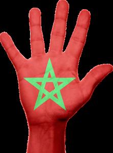 main avec drapeau marocain