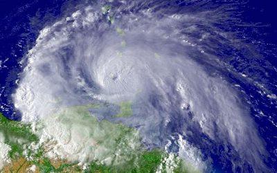 J'habite en Guadeloupe et je cherche de la documentation sur les phénomènes climatiques extrêmes, leur lien avec le réchauffement climatique