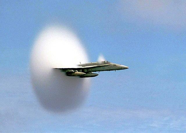 avion McDonnell Douglas F/A-18 Hornet