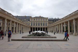 Vue générale du Palis royal (Paris)