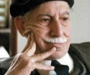 Je souhaiterai trouver la traduction de la pièce de théâtre «Rivière de Folie» de Tawfiq Al Hakim.