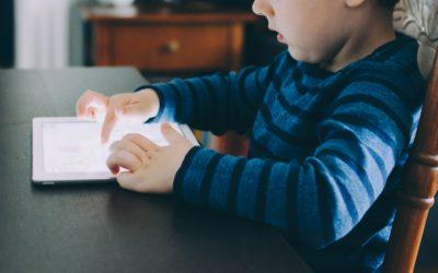 Je recherche des ouvrages sur l'utilisation d'Internet par les enfants (découverte, prévention, dangers…)