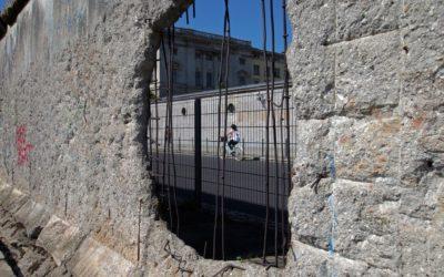 Je cherche des ouvrages traitant de la question des frontières et des murs