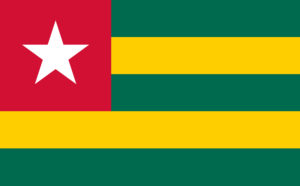 Drapeau du Togo. bandes vertes et jaunes. etoile blanche sur caré rouge.