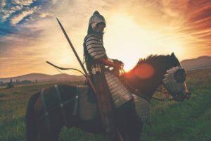 Chevalier avec son armure sur son cheval