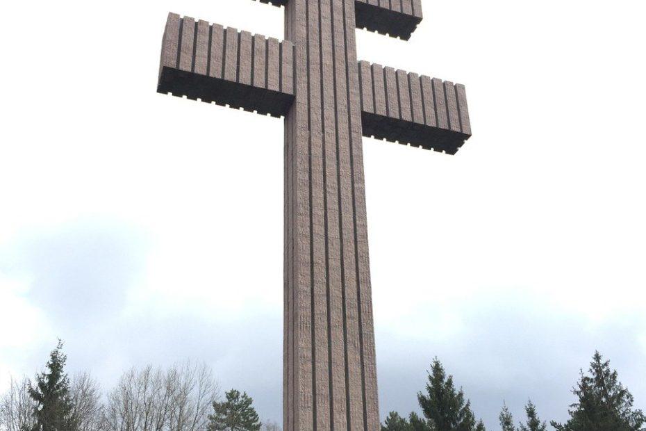 Symbole du gaullisme, la Croix de Lorraine