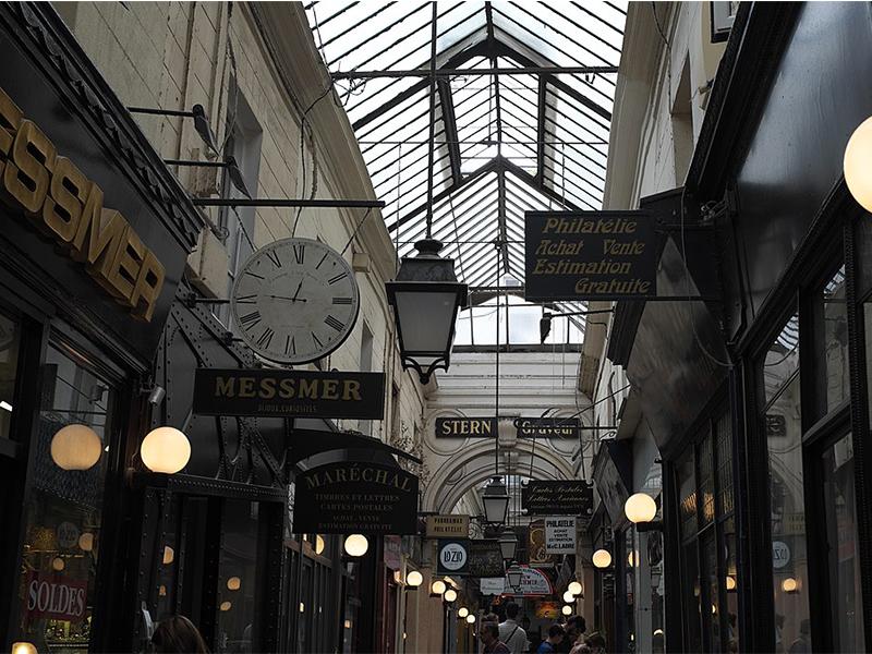 Passage des Panoramas situé dans le deuxième arrondissement de Paris