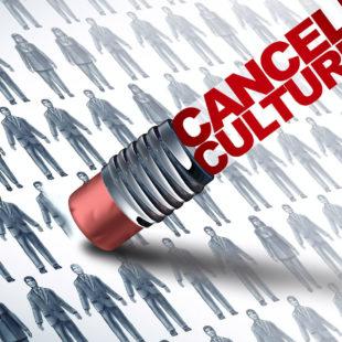 Médias : Que sait-on de la cancel culture et existe-t-elle vraiment ?