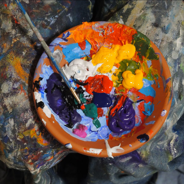 Arts : Où trouver des informations sur les particularités physico-chimiques des pigments et la définition des colorants ?