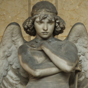 Sculpture d'ange de Monteverde